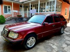 Mercedes-Benz W124 220 2.2, 1993 г., $ 3 538