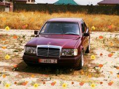 Mercedes-Benz W124 230 2.3, 1990 г., $ 2 300