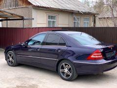 Mercedes-Benz C-класс II (W203) 320 3.2, 2000 г., $ 5 300
