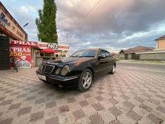 Mercedes-Benz E-класс II (W210, S210) Рестайлинг 220 2.2, 2000 г., $ 4 500