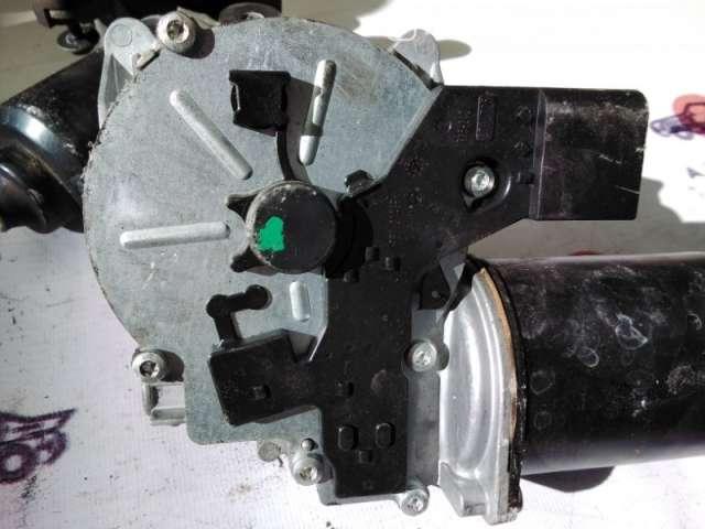 Запчасти и расходники - Мотор дворников E60