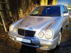 Mercedes-Benz E-класс II (W210, S210) Рестайлинг 320 3.2, 2001 г., $ 4 300