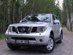 Nissan Pathfinder III 2.5, 2005 г., $ 8 900