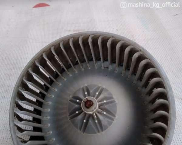 Запчасти и расходники - Мотор печки XU30