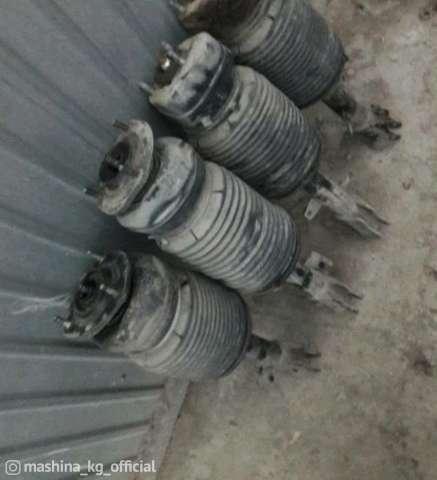 Vehicles for spare parts - Пневматические амортизаторы на рх330 задние