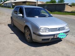 Volkswagen Golf IV 1.6, 2003 г., $ 3 539