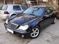 Mercedes-Benz C-класс II (W203) Рестайлинг 200 2.2, 2007 г., $ 6 800