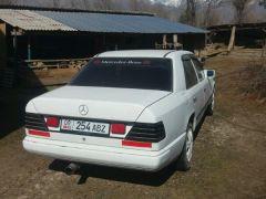 Mercedes-Benz W124 200 2.0, 1988 г., $ 1 417